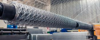 Double twisted mesh and gabions